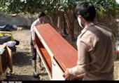 جهاد این روزهای دانشجویان در سنگر خدمت به مردم / امدادرسانی به مردم سیلزده روستای تمبک + تصاویر