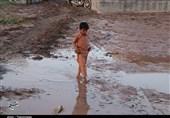 تردد در 2 محور سیلزده کرمان هنوز امکانپذیر نیست / توزیع 40 تن اقلام غذایی بین 5 هزار خانوار