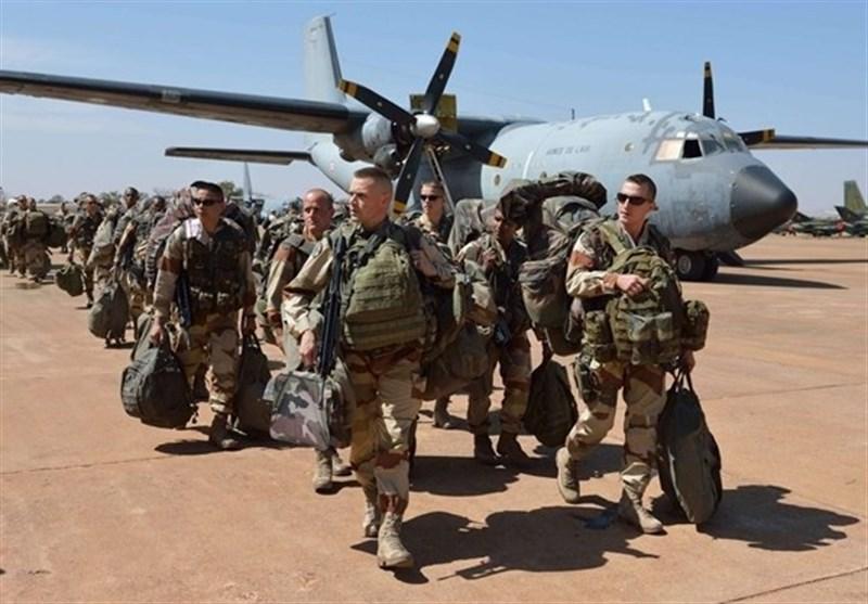 العراق یعلن انسحاب القوات الفرنسیة من اراضیه