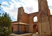 «تخریب» یا «مرمت» بنای 700 ساله در سرخه؛ چه کسی راست میگوید؟