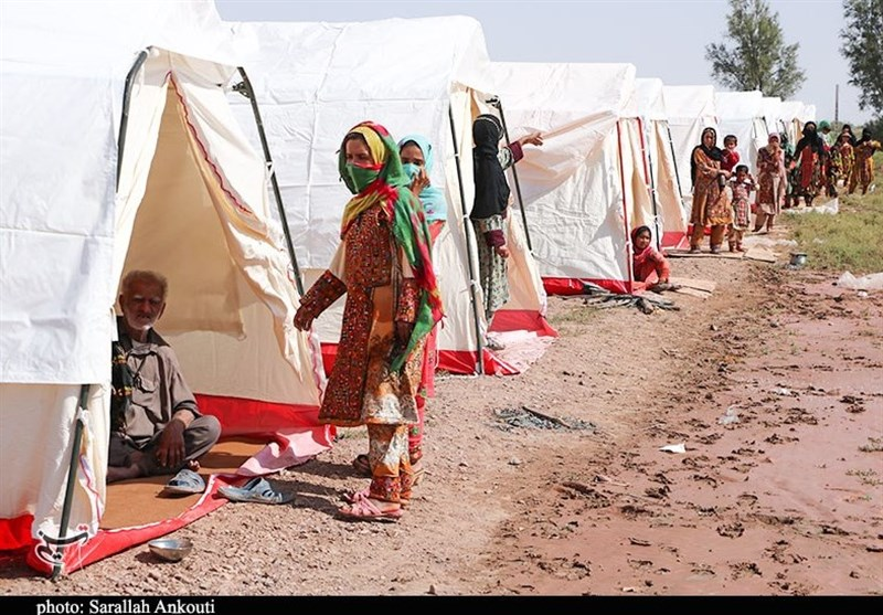 هلال احمر 5.5 میلیارد تومان به سیلزدگان کرمان کمک کرد