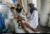 تلاش بیوقفه پرسنل بیمارستان صحرایی سپاه برای کمک به سیلزدگان جنوب کرمان به روایت تصویر