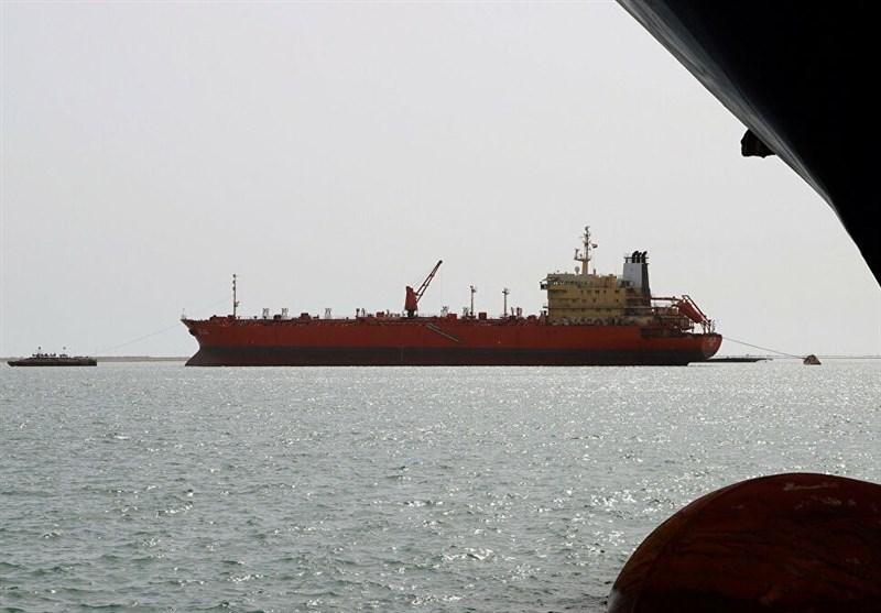 العدوان السعودی یواصل احتجاز 20 سفینة محملة بالمشتقات النفطیة والمواد الغذائیة