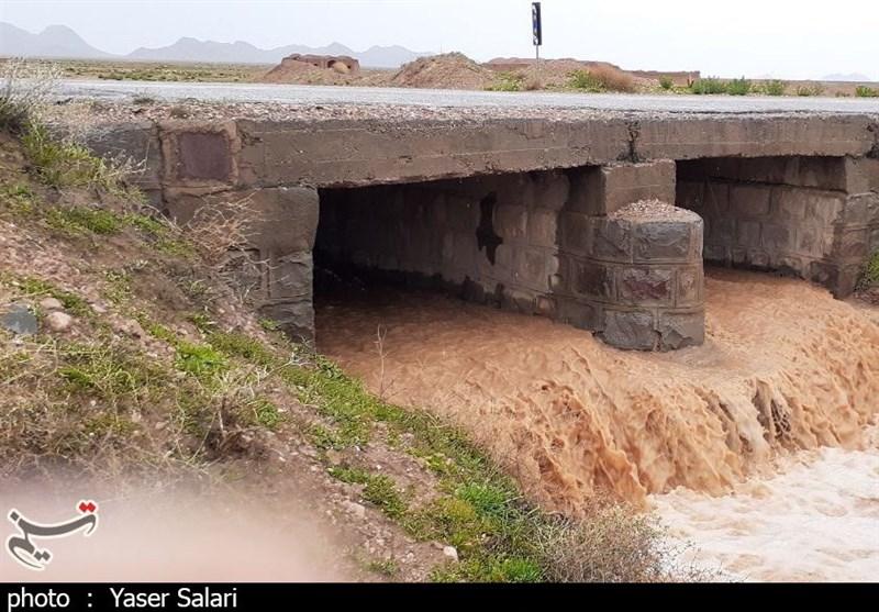 توزیع 680 هزار تن سیمان رایگان در مناطق آسیبدیده از سیل و زلزله توسط بنیاد مستضعفان
