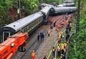 خروج یک قطار مسافربری در چین به دلیل رانش زمین
