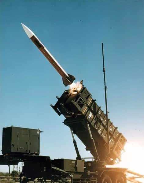 گزارشی از حمله موشکی اخیر یمنیها به عربستان