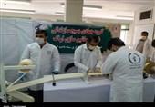 جمعی از مسئولان استان مرکزی از کارگاههای تولید ماسک گروههای جهادی بازدید کردند + تصویر