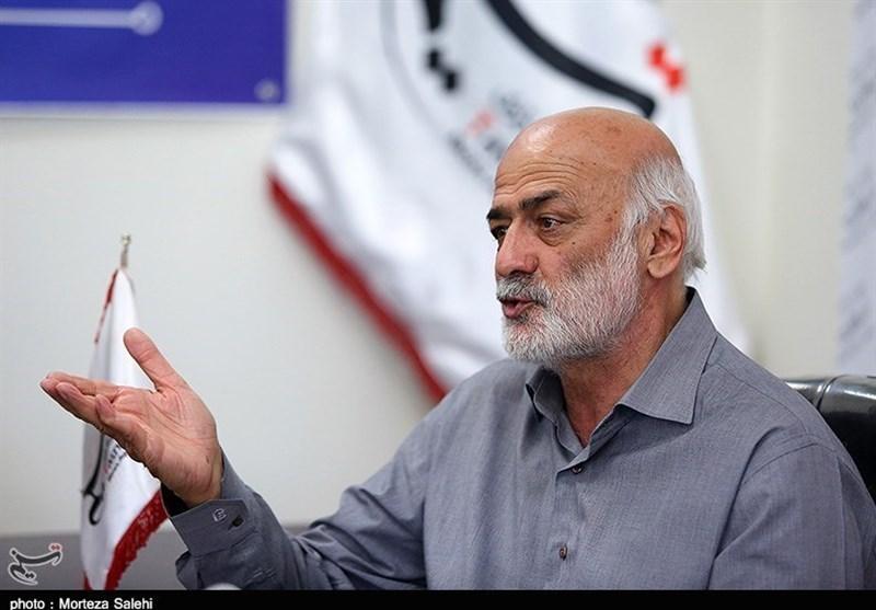 کربکندی: انتظار ما برای از بین رفتن فساد در فوتبال ایران بیهوده است/ میتوانستند از خورشیدی در جای بهتری استفاده کنند