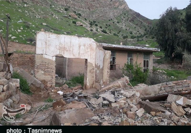 """لرستان  اهالی روستای سیلزده """"ملاوی"""" پلدختر زمین مسکونی دریافت میکنند"""