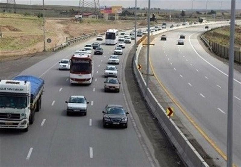 تردد در محور کرج ـ چالوس دو طرفه است/احتمال یک طرفه شدن محور در صورت افزایش تردد خودروها