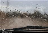 جادههای استان کرمان گرفتار برف و باران/ مه شدید باعث کاهش دید شد