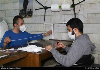 تولید ماسک توسط بسیجیان