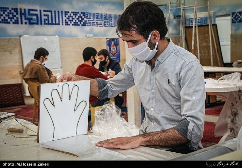 تولید 30 هزار جفت دستکش توسط گروه جهادی انصارالحسین اردستان + فیلم
