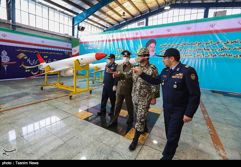 تحویل دهی انبوه هواپیماهای جت بدون سرنشین رزمی شناسایی و هدف به ارتش