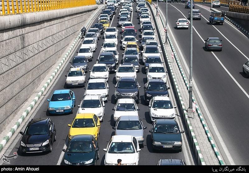 اکیپهای ویژه راهداری برای کنترل تراکم ترافیکی در استان مازندران مستقر شدند