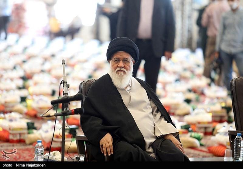 امام جمعه مشهد: باید طعم شیرین امربه معروف را نهادها و جامعه احساس کنند