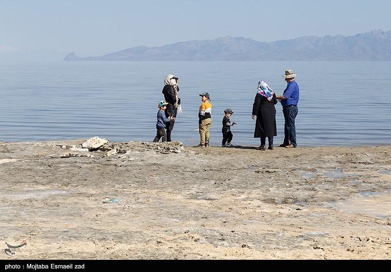 گزارش  امید حیات به نگین آبی آذربایجان برگشت / دریاچه ارومیه این روزها حال خوشی دارد