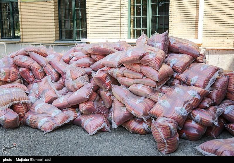 بسیج مهندسین سپاه قدس گیلان 10 تن برنج بین نیازمندان توزیع کرد