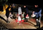 توزیع 2000 وعده غذای گرم میان نیازمندان توسط جمعی از ورزشکاران - واوان اسلامشهر