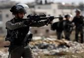 الکیان الصهیونی یبدأ بالانسحاب من محیط المنطقة المحاصرة بعقربا