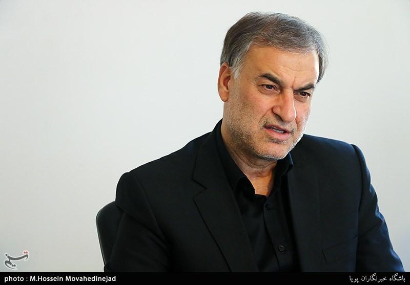 گفتوگوی تسنیم با احمدیبیغش: واگذاری جزایر ایرانی به چین واقعیت ندارد/ من چنین حرفی نزدهام!