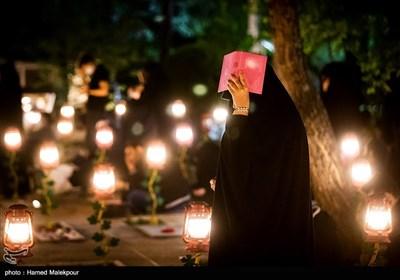 مراسم احیای شب بیست و یکم ماه مبارک رمضان در گلزار شهدای بهشت زهرا(س)