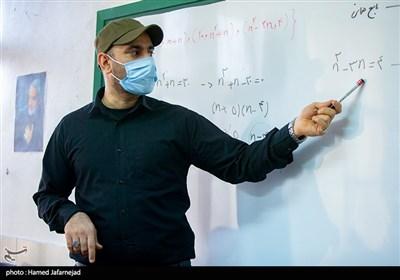 حاجیمیرزایی: ابتدای راه تحول در مدرسه، معلمان و دانشآموزان هستیم