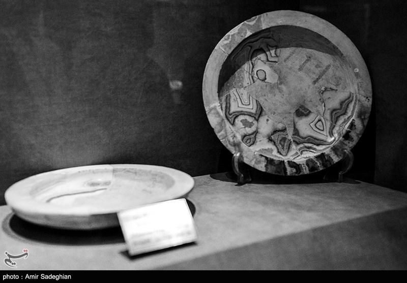 """کشف ظرف سفالی تاریخی در کاوشهای تپه باستانی """"موشلان"""" ساوجبلاغ"""