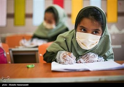 مدارس استعداد دانش آموزان را می کشند/ دانشآموزان ناچار به کنار آمدن با نظام آموزشی تحکمی