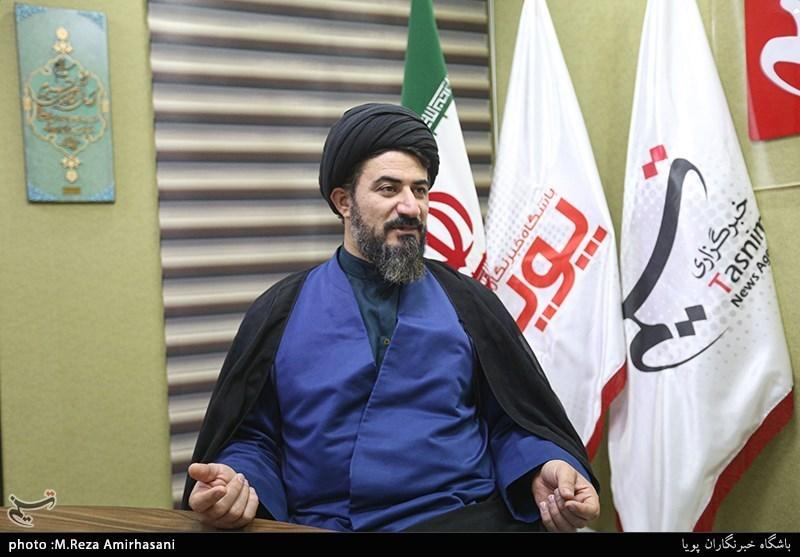 مدیرکل حوزه هنری استان خوزستان: صحبتهایم در تأیید خواننده خارجنشین نبود/ برخی سوءاستفاده کردند