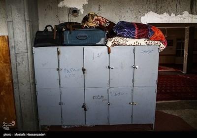 هر یک از شاگردها در دارالقرآن برای وسایل خود قفسه شخصی دارند