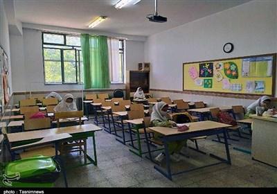 سناریوی آموزش همراه با کرونا از مهر 99/ پیشبینی رشد 4.2 درصدی کلاس اولیها