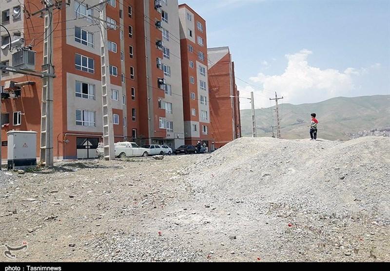 ساکنان مسکن مهر شهرک ولیعصر(عج) ارومیه از نبود زیرساخت در این منطقه رنج میبرند