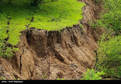 رانش زمین در روستای سلجه چال اشکور رحیم آباد -گیلان