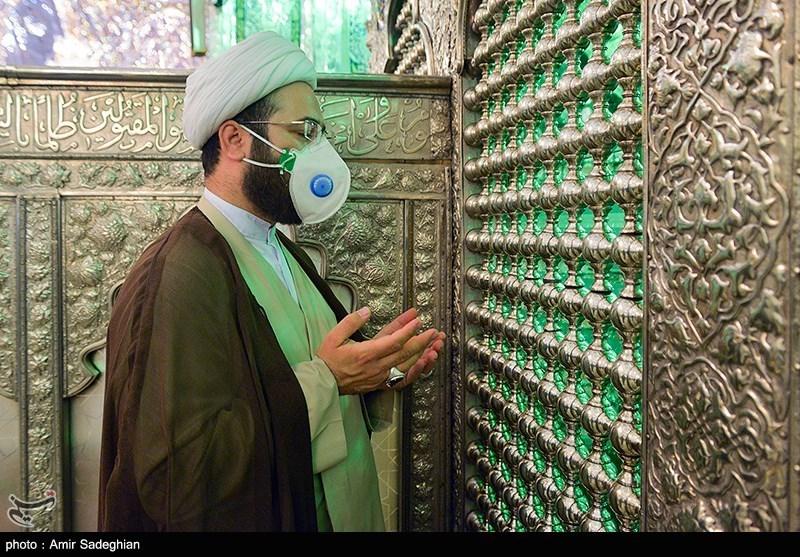 آیین گلاب شویی و تعویض گل ضریح مبارک حرم حضرت شاهچراغ (ع) - شیراز