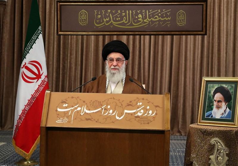عکس/ متن قاب پشت صحنه سخنرانی مهم رهبر انقلاب چه بود؟