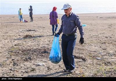 پاکسازی ساحل رضامحله کلاچای گیلان