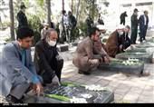 گلزار شهدای اردستان به مناسبت سالروز فتح خرمشهر غبارروبی شد+تصاویر