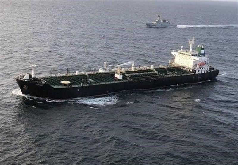 نفتکش سوم ایران به نزدیکی منطقه ویژه اقتصادی ونزوئلا رسید