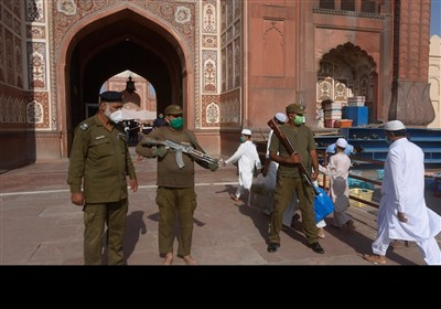 پاکستان بھر میں عیدالفطر مذہبی جوش و جذبے کے ساتھ منائی گئی