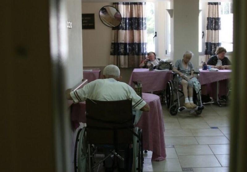 آمریکا| مرگ بیش از 37000 نفر بر اثر کرونا در خانههای سالمندان