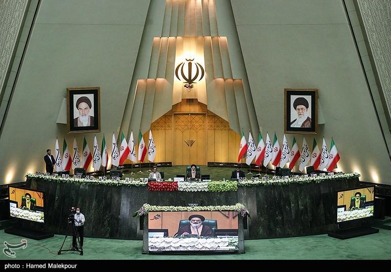 گزارش|فهرست 12 نفره فراکسیون انقلاب اسلامی برای هیئت رئیسه مجلس یازدهم مشخص شد