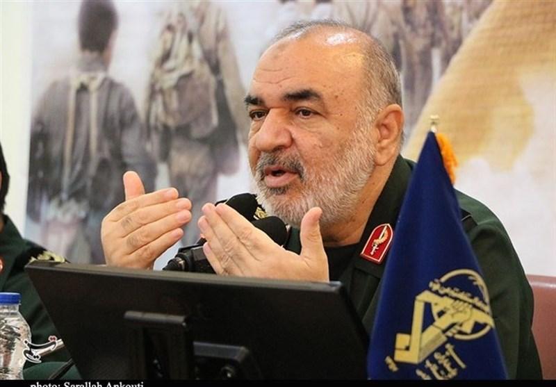 اللواء سلامی: لن نرکع أمام أی عدو