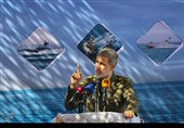 وزیر دفاع: عمق حضور نیروهای مسلح ایران را در آبهای آزاد افزایش خواهیم داد / کمربند امنیت خلیج فارس محکمتر میشود / حفظ امنیت تنگه هرمز بر عهده ایران است