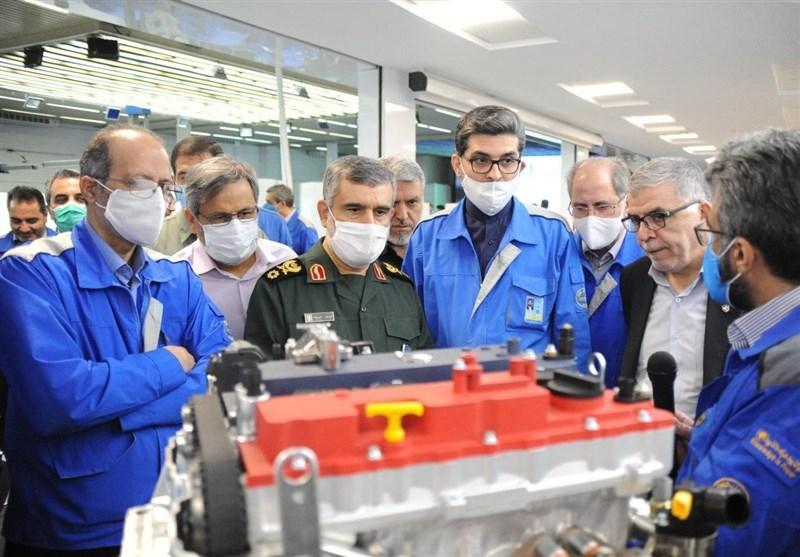 سردار حاجیزاده: درانتقال فناوری به صنعت خودرو محدودیتی نداریم