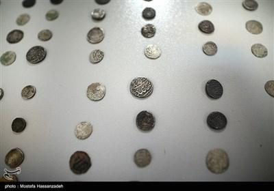 کشف ۷۵۰ سکه ۳ هزار ساله در تهران