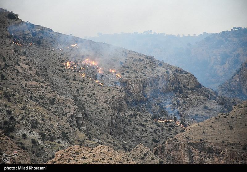 خائیز در آتش بی توجهی سوخت؛ اهتمام جدی مدیران لازمه عدم تکرار آتش سوزیهای مشابه