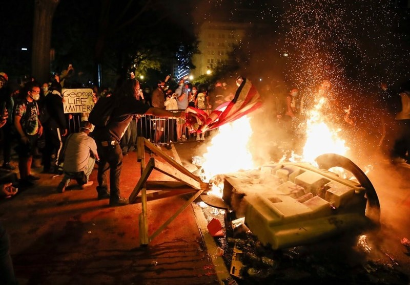 ششمین شب اعتراضها در آمریکا؛ استقرار گارد ملی در 15 ایالت و منع تردد در 40 شهر