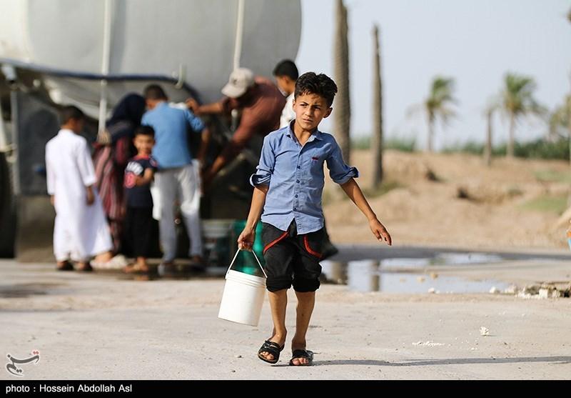 ستاد اجرایی فرمان امام(ره) آبرسانی به روستاهای مناطق محروم 11 شهرستان استان کرمان را انجام میدهد