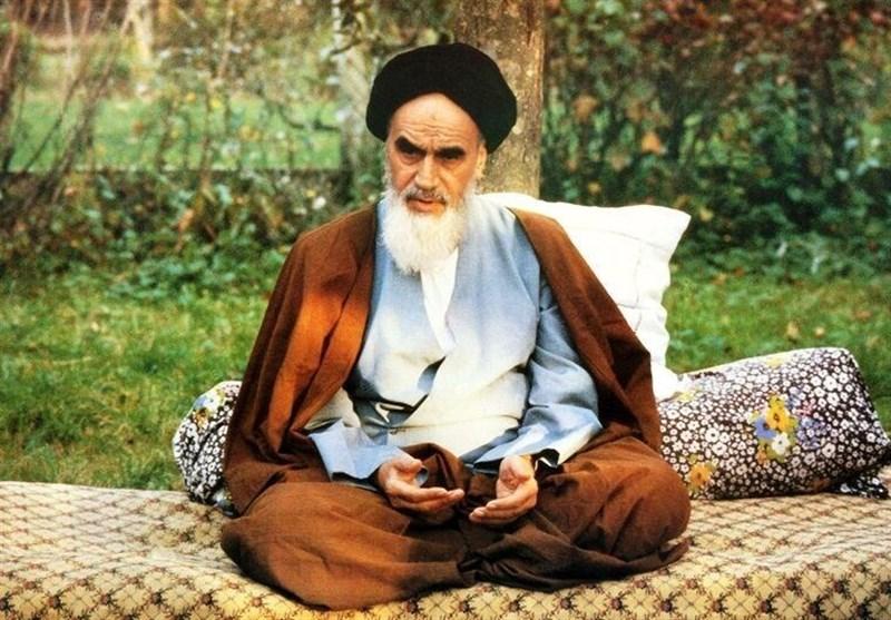 "کلیپ ""تکیه گاه ملت"" به مناسبت ارتحال امام خمینی(ره) منتشر شد + فیلم"